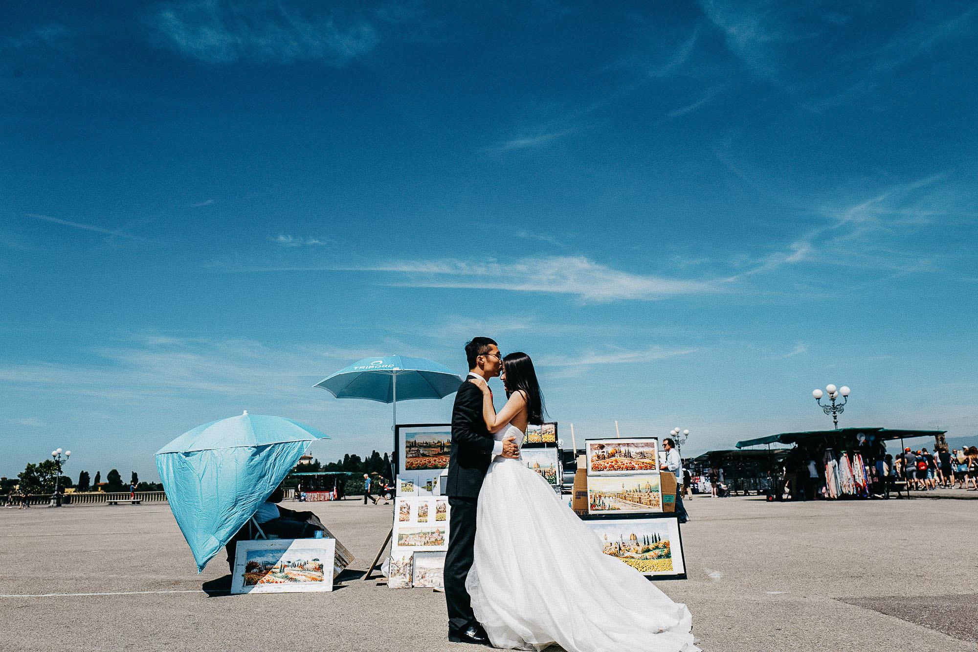 couple love bride groom photoshoot michelangiolo photo photography florence